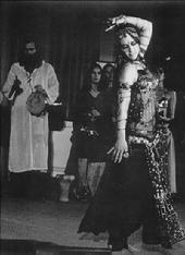 Rhea performs with Bal Anat in 1969