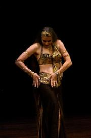 Yasmin's Classic Egyptian dancing delights the audience at Belly Dance Magic 2007 254