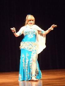 Artemis performs a traditional Turkish Romany dance at the Baltimore Museum of Art for Belly Dance Magic 2007 319