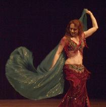 Piper's lyrical and dynamic veil dancing at Belly Dance Magic 2007 276R