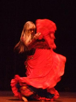 Artemis performs a traditional Turkish Romany dance for Belly Dance Magic 2007 447B