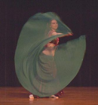 Piper's lyrical and dynamic veil dancing at Belly Dance Magic 2007 265R