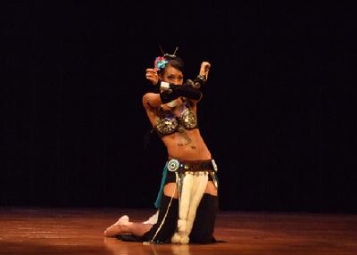 Naimah performs an acrobatic Tribal style belly dance at Belly Dance Magic 2007 435