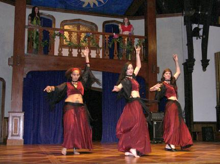 The Baltimore Daughters of Rhea perform Rhea's Raks Kahti choreography at MayFaire 2006 3